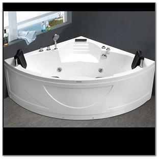 C425 White Corner Jacuzzi Bathtub
